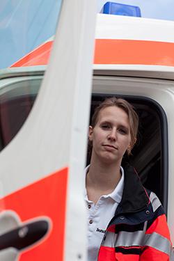 Rettungssanitäterin  Rettungsdienst/Krankentransport